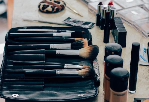 sklep z kosmetykami darmowa dostawa